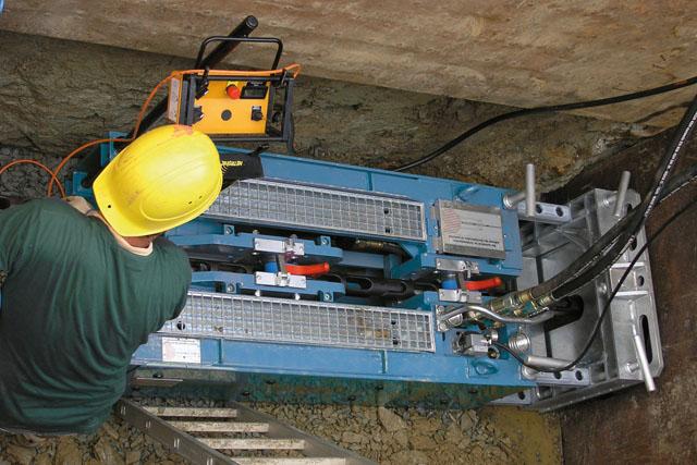 GrundoBURST do renowacji wyeksploatowanych rurociągów